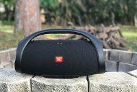Ini-Kelebihan-dan-Kekurangan-Mendengarkan-Musik-dari-Bluetooth-Speaker